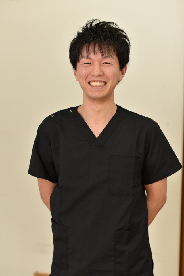 吉田 健吾 (よしだ けんご)