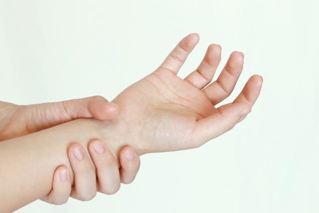 なぜ、当院の施術で腕の痛みが改善するのか?
